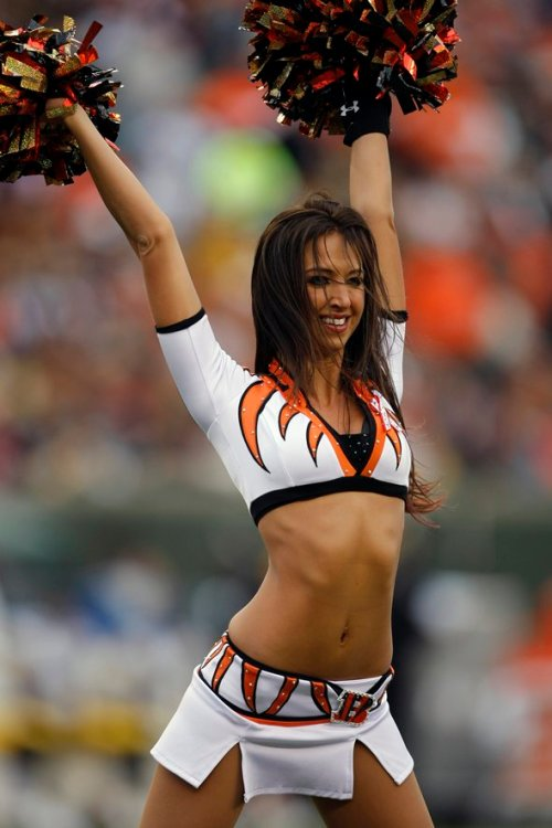 Sexy Saturday  Nfl Cheerleaders Edition  For Shiggles-7108