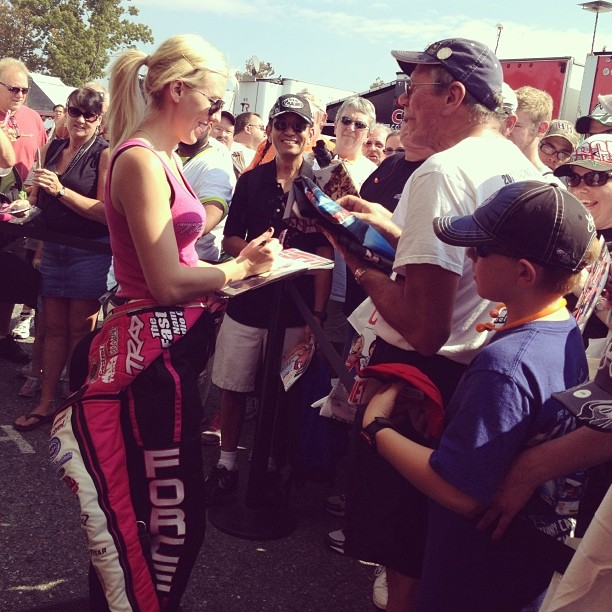 Courtney Force signing
