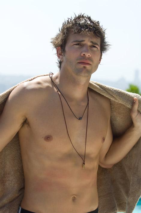 Ashton Kutcher topless